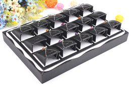 Деревянная шкатулка для драгоценностей онлайн-Бесплатная доставка черный цвет дерева подвески box ювелирные изделия ожерелье дисплей Show Case организатор лоток Box 15 стенды коробка ювелирных изделий