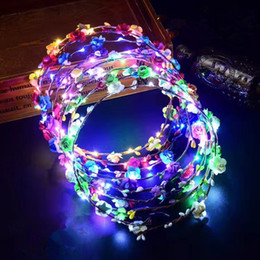 Wholesale Wholesale Leis - Hot LED Flash Hawaiian leis Party Supplies Garland Necklace Colorful Garland Fancy Dress Party Hawaii Beach Fun Decorative Flowers IB546