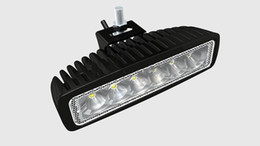 Autobus luci online-18W LED Light Light 12V 24V IP67 Flood o Spot Beam per 4WD 4x4 Off Road Lamp Truck Bar Boat Tren Train Bus Auto Lighting