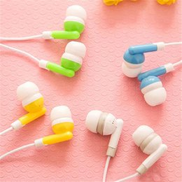 Wholesale gift cost - Wholesale Disposable earphones 3.5mm In ear headphones low cost earbuds for Theatre Museum School library,hotel,hospital Gift