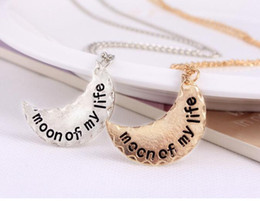 Wholesale Wholesale State Shaped Necklaces - free shipping Europe and the United States hot the moon represents my heart shaped necklace and a half months #3072