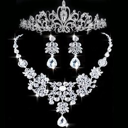 Wholesale Bridal Tiara Hair Crown Sets - 2015 Rhinestone Tiara Necklace Earring Set Bridal Wedding Accessories Party Jewelry Wedding Accessories Hgyuhg In Stock high quality