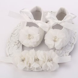 Wholesale Ivory Baby Booties - Wholesale-Ivory newborn Booties baby girls shoes toddler;infant rhinestones first walker baby shoes ballerina;girls baptism set #2B1932