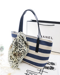 Wholesale Hot Women New Fashion Handbag - 2017 Autumn and winter New hot sale fashion bag stripe shoulder bag handbag women Travel bag TB149