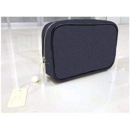 Wholesale travel make up bags - High quality new designer fashion men travel toilet pouch women cosmetic organizer make up bag famous classical brand toiletry bag