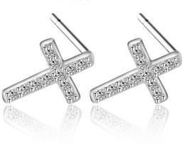 Pendientes de diamantes de las mujeres online-925 Pendientes de Plata Esterlina Joyería de Moda Pequeñas Cruces Llenas de Diamante Cristal Pendiente de Estilo Elegante para Mujeres Niñas Alta Calidad