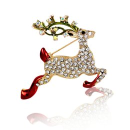 Wholesale Reindeer Brooch - New Fashion Deer Crystal Reindeer Elk Wapiti Moose Pins Brooches Gifts Christmas Brooches For Women Gifts Size 4.8*4.2cm