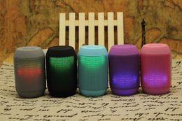 MY500BT Hoparlör hap Bluetooth Kablosuz büyük Ses Kutusu Desteği TF Kart Taşınabilir Mini Hoparlörler ile LED ışık 50 adet up nereden hap kutusu hoparlörleri tedarikçiler