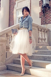 Billige weiße party kleidung online-2015 kurze weiße Tutu Röcke für Erwachsene Günstige Tüll Maßgeschneiderte A-Linie Günstige Prom Party Petticoat Unterröcke Frauen Kleidung Skits