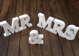2021 calze MR MRS Letter Decoration White Colour letters wedding and bedroom ornament mr mrs La migliore vendita in magazzino