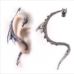 Wholesale Cool Ear Cuff Earrings - 2015 Black Limited Selling Ear Cuff White Explosion Models Popular In Europe And America Trade Fashion Cool Dragon-shaped Earrings Factory