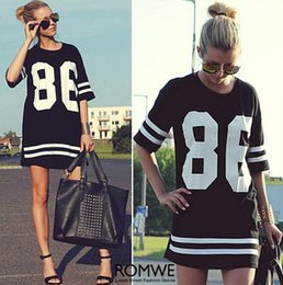 2017 86 robe de baseball Summer Style Women T Shirt Celebrity Number 86 Tops imprimés Long Loose Hip Hop American Baseball Sports Tee Ladies Short Dress 86 robe de baseball pas cher
