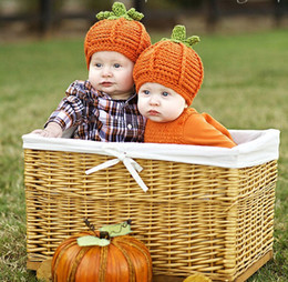 Wholesale Cute Infant Halloween Costumes - Cute Baby Pumpkin Hats Halloween hat Crochet Knitted Kids Photo Props Infant Costume Winter warm Hats Toddler Beanie Hats Free DHL