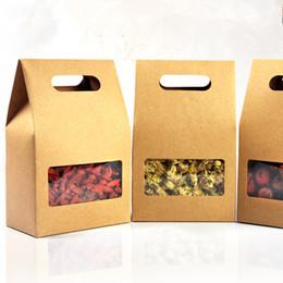 прозрачные квадратные подарочные коробки Скидка DHL 150 шт. / лот 10.5*15+6 см крафт-бумага сумка свадьба пользу конфеты подарочная упаковка коробка с ручкой ясно квадратное окно шоколад упаковка