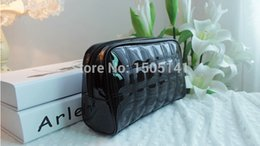 Wholesale Leather Bags Collection - Fashion black patent leather cosmetic bag wash bag cosmetic collection bag woman