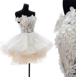 2017 Real Fotos Kundenspezifische Elegante Kurze Weg Von Der Schulter Spitze Appliques Brautkleider mit Perlen Organza Brautkleider WD1096 von Fabrikanten