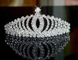 Wholesale Wholesale Crown Royal - NEW Luxury Royal princess Baroque rhinestone Wedding Crowns Bridal Veil Tiara Crown Headband performance crowns 13*4.5CM CC187