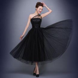 Wholesale Tea Length Bridal Party Dresses - vestido longo 2016 New Fashion Black One Shoulder Dots Sexy Evening Dress Bridal Banquet Elegant Homecoming Dress Plus Size Prom Party Dress