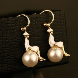 Wholesale Designer Jewelry Earrings - hot sale famous brand designer high quality with real gold plaing queen earrings peal necklace jewelry for woman gift free