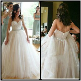 Wholesale Tulle Sweetheart Beading Wedding Dress - Romantic Tulle Ball Gown Wedding Dresses 2016 Sexy Sweetheart Beading Belt Ivory Wedding Bridal Gowns Long Train Bride Dresses