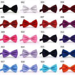 Wholesale Tie Colors - 32 Colors Solid Fashion Bowties Groom Men Colourful Plaid Cravat gravata Male Marriage Butterfly Wedding Bow ties business bow tie 210066