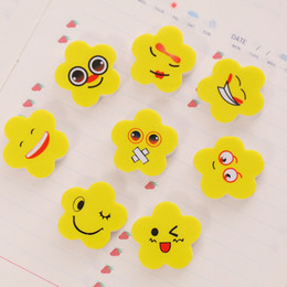 niños lápiz labial al por mayor Rebajas Borradores prácticos de la moda para el borrador del lápiz del estudiante forma de la flor amarilla Emoji patrón de efectos de escritorio suministros Venta caliente 0 09xk B