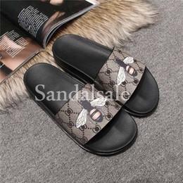 Wholesale Cover Box Design - With box New arrivals 2017 fashion Luxury brand mens Bee print leather slide sandal slippers Frida Giannini design beach flip flops