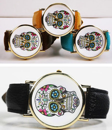 Wholesale Watch Woman Leather Skull - Wholesale 600pcs lot Mix 11olors Quartz KM112 women Dress watch Fashion Leather Skull watch WR004