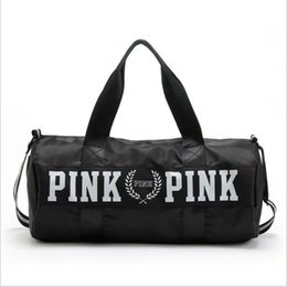 Wholesale Wholesale Luggage Bag - Pink Letter Travel Bag Large Capacity Hand Luggage Travel Duffle Bags Weekend Bags Fitness Gym Handbags Beach Bag 5 Colors
