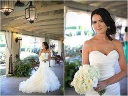 Canada Charme sirène robe de mariée Tiers Ruffles plis robes de mariée simple balayage train chérie dentelle jusqu'à 2016 robe de mariée sur mesure Offre