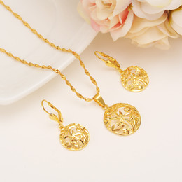 jóias semi-finas Desconto 14 k Amarelo Sólido Ouro Fino Semi-círculo Brincos Pingente de Colar de Moda Dubai Multilayer Flor Grama Conjunto de Jóias