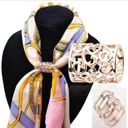 Wholesale Sashes Rings - Hollow out Rhinestone Crystal Scarf Buckles Brooches Bar Invitation Ribbon Chair Covers Slider Sashes Ring Buckles