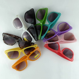 square baby Promo Codes - Kids Sunglasses 12 Candy Colors Children Sun Eeywear Baby Retro Fashion Sun Glasses Classic Traveller Frame Eyewear Kids Size UV400