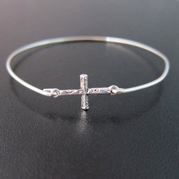 Wholesale Sideways Jewelry - Gold Sideways Cross Bracelet Europe and the United States Hot Sale jewelry free shipping YPQ0099