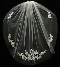 Wholesale Flower Shorts - Wedding Accessories Velos De Novia Fingertips Lace Beads Bridal Accessories 2018 Short Bridal Veil Fashion White Ivory Cheap Wedding Veil