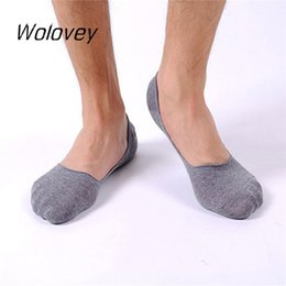 Wholesale Anti Friction Socks - Wholesale- Wolovey#20 2017 New Style Man Shallow Mouth Invisible Boat Cotton Slip Socks Anti-friction Breathable Deodorant 0428