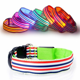 zusätzliche lieferungen Rabatt New LED leuchtende Haustiere Collar bunten Streifen Hundehalsband Luminous Haustier Sicherheitsgurt Pet Supplies IA939