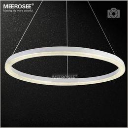 2019 26 colgante de luz led 26 pulgadas Anillo de luz LED Lámpara colgante de cristal Moderno Iluminación LED Lámpara de caída de suspensión de brillo de LED blanco