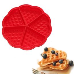 Wholesale Bundt Pans - Wholesale-HOT 1 PCS Heart-shaped Waffles Mold 5-Cavity Bundt Oven Muffins Cake Pan Silicone Mold Baking Mould Tool