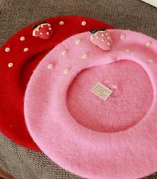 Vendita all'ingrosso-calda! Nuovo! berretto con fragola e perla rosa e rosso più nuovo stile cappello donna spedizione gratuita moda e tenere caldo bello da