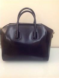 Wholesale Motorcycle Leather Handbags - Lady Fashion Brand New Antigona Medium Bag Handbag Black Smooth Leather 100% Original Leather Satchel