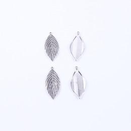 Wholesale Leaf Necklace Bronze - antique silver bronze retro Leaf pendant Manufacture DIY jewelry pendant fit Necklace or Bracelets charm 120pcs lot 4759