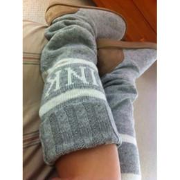 Argentina US4-12 2017 Invierno Nuevas Mujeres Cálidas Letras Rosadas Lindas Suéter de Punto Calcetines Botas Sólido Slip-on Media Botas de Nieve Zapatos Calientes ocasionales al por mayor Suministro