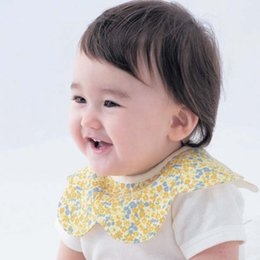 Wholesale Newborn Girl Burp Cloths - Baby Gifts Baby Boys Girl Bibs Infant Flower Burping Cloths Kids Bib Baby Burp Cloths New 2015 Childrens Baby Bib Newborn Baby Clothes C9325