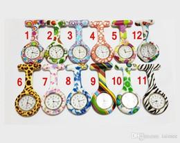 Correa de reloj de cebra online-NUEVO Silicon Nurse Pocket Watch Candy Colors Zebra Leopard Prints Soft band broche Nurse Watch 11 patrones Venta caliente