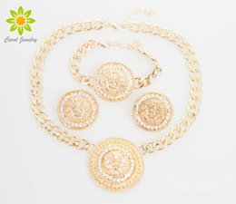 Wholesale Vintage Lion Necklace Jewelry - Fashion Vintage Lion Head Necklace Bracelets Earrings For Women Gold Plated Rhinestone Jewelry Sets Wholesale