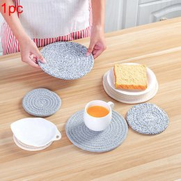 Almohadilla de mesa redonda algodón online-Round Weave Placemat Soft Cotton Thread Tela más gruesa Dining Table Mat Pastillas de disco Bowl Pad Coasters Waterproof Table Cloth Pad