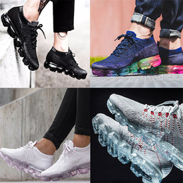 Wholesale Couple W - Vapormax shoes Mens Couples lovers Running sports Shoes For Men Sneakers Women girls 2018 Fashion Athletic Sport Shoe Corss Hiking shoe