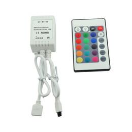Tira de cambio de color led remoto online-Control remoto por infrarrojos 24Key para 5M RGB 5050 300 LED Light Strip 12V 24V DC 6A, 16 colores cambiantes
