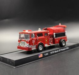 Wholesale Ladder Truck Model - High simulation US MACK 33 project fire engine model 1:64 scale alloy ladder truck,diecast metal collection model engineering vehicle